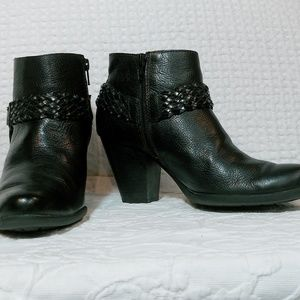 B.O.C.Black Leather Ankle Boots